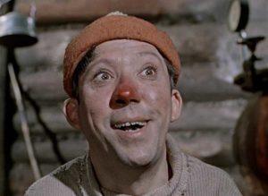 красный нос у актёра